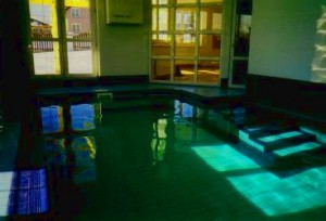 Keramický bazén z bazénového obkladu Rakopool